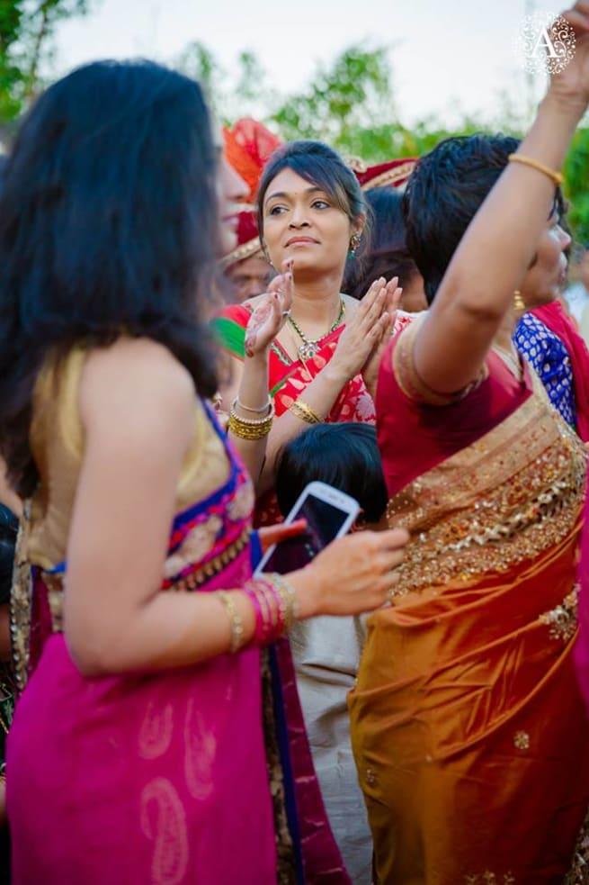 Group Dance In Barat