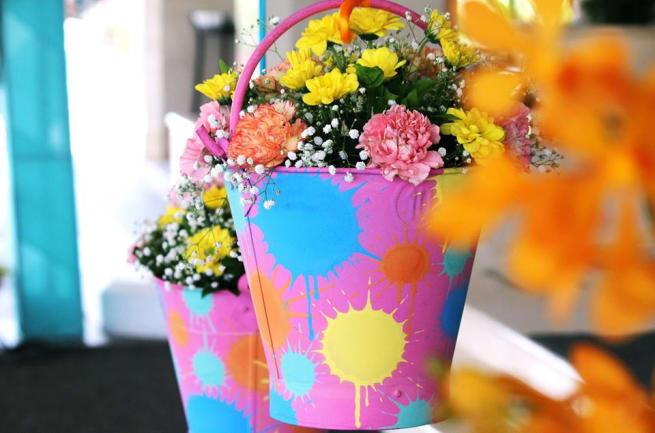 Decorative Flower Bucket