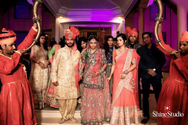 Brides Entry