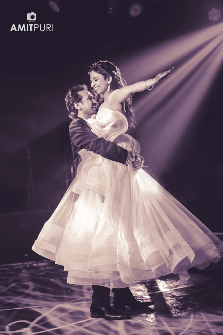 romantic couple dance:amit puri photography