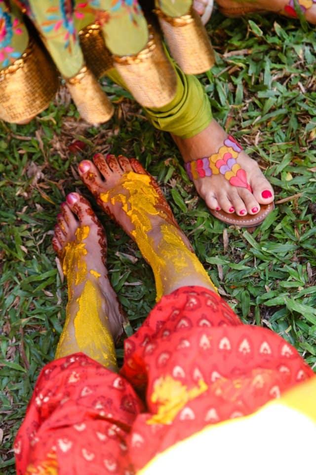 haldi ceremony:coffee stains photographer
