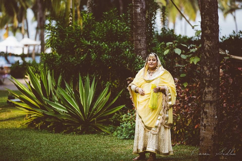 bride's mom outfit:karan sidhu photography