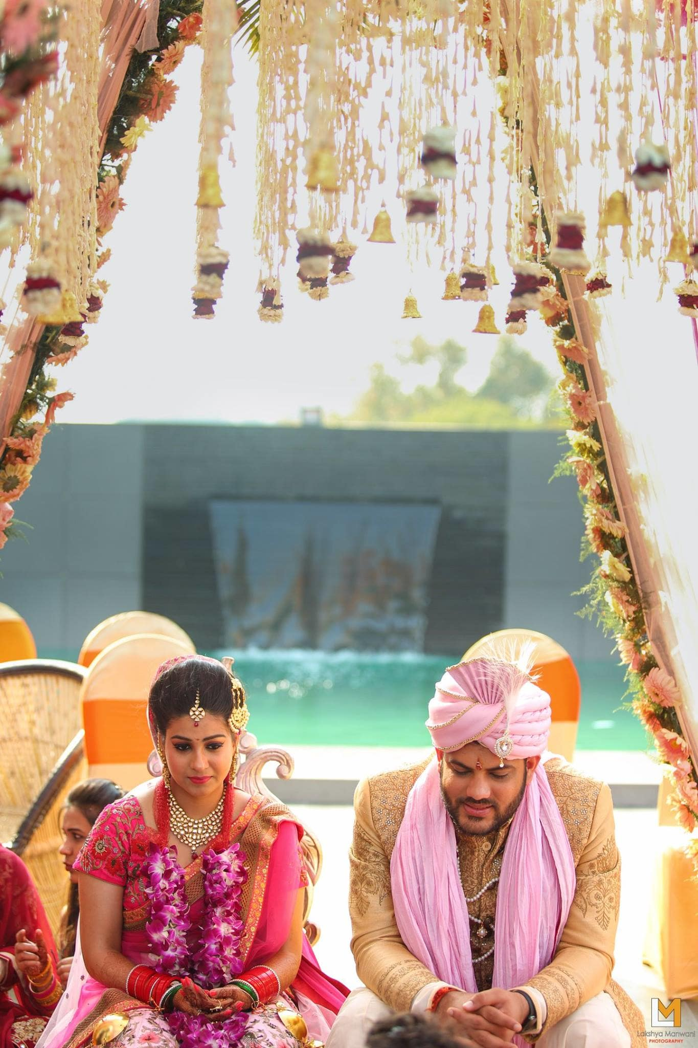 couple photography:lakshya manwani photography