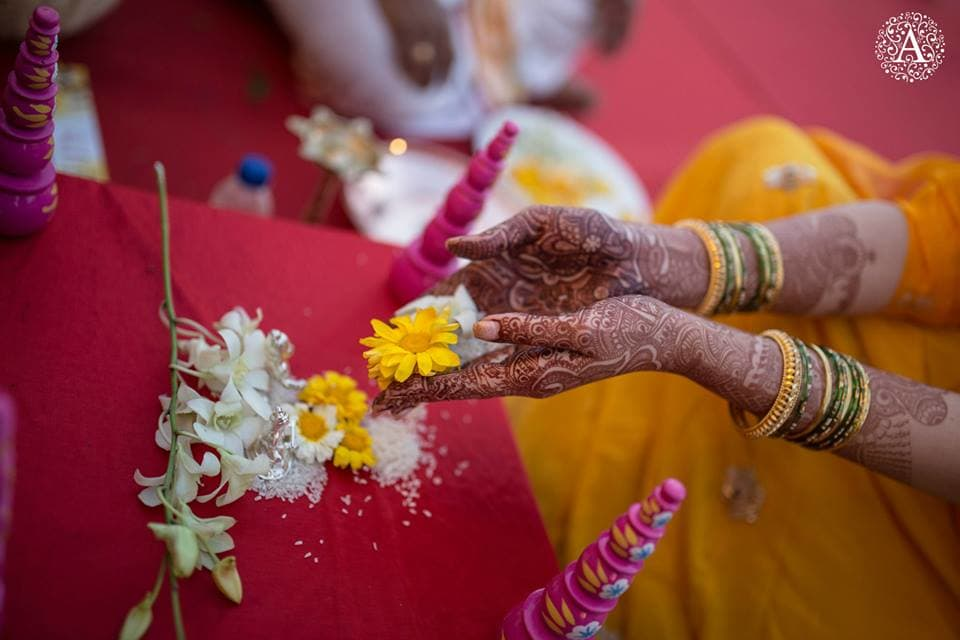 rituals performed by bride and groom:amour affairs