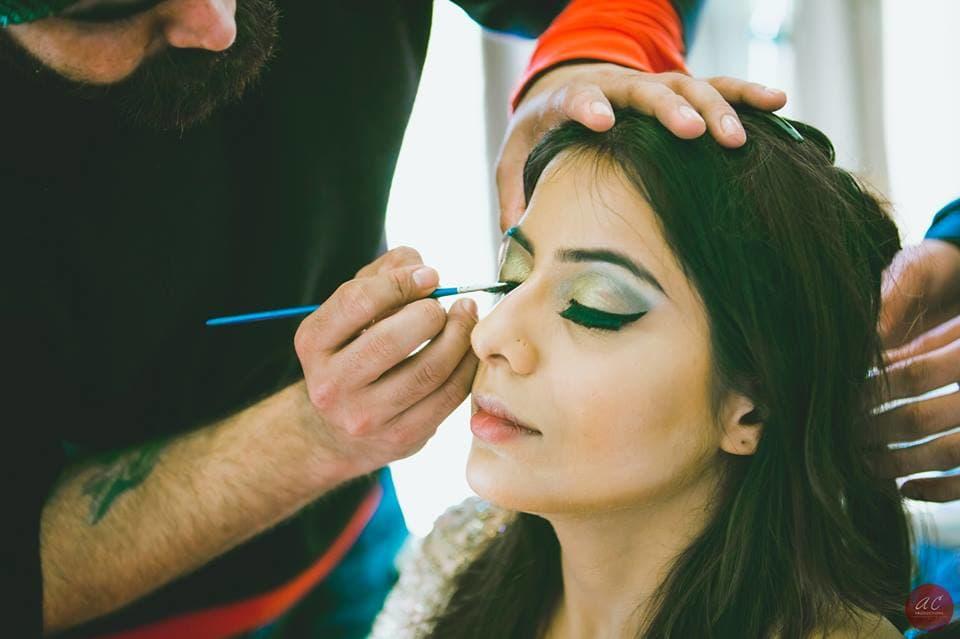 bridal makeup:sabyasachi couture pvt ltd, art capture production