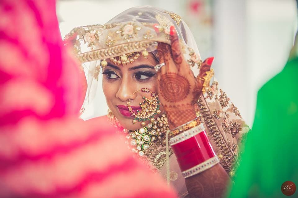 bridal photography:sabyasachi couture pvt ltd, art capture production