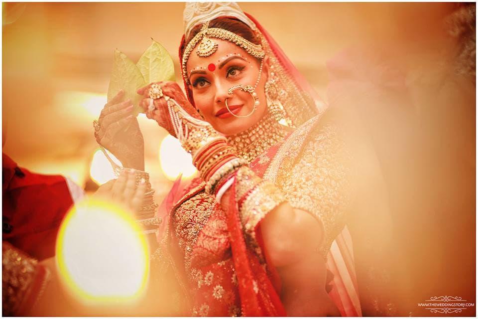 bridal makeup shot:the wedding filmer, sabyasachi couture pvt ltd, anushree reddy