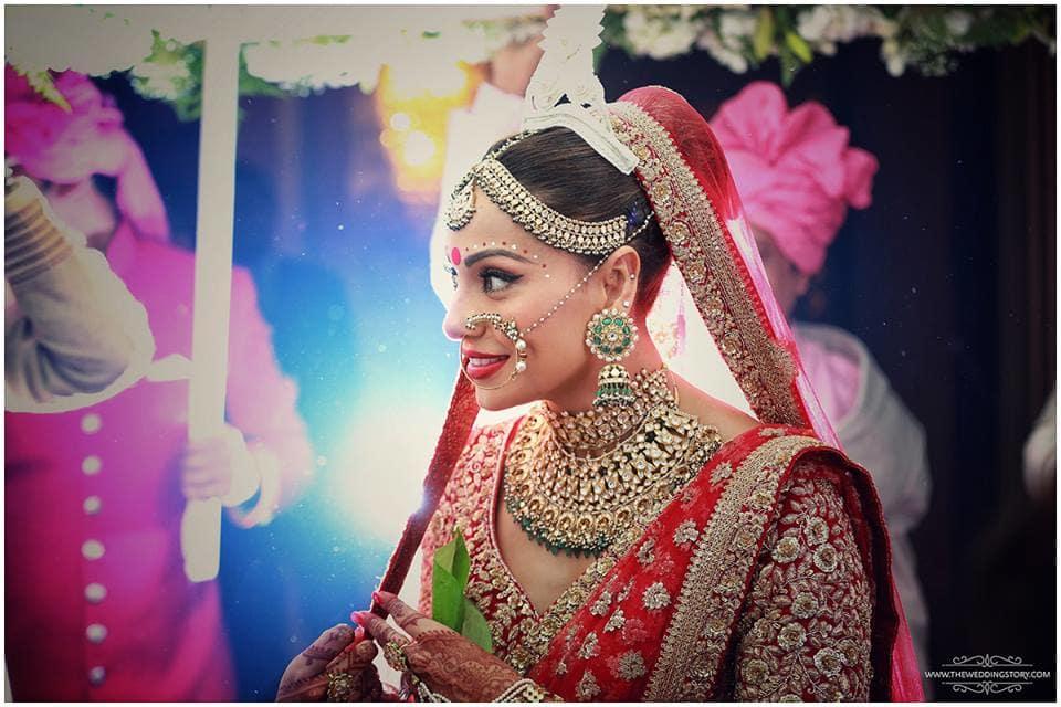 bipasha entry on her wedding:the wedding filmer, sabyasachi couture pvt ltd, anushree reddy
