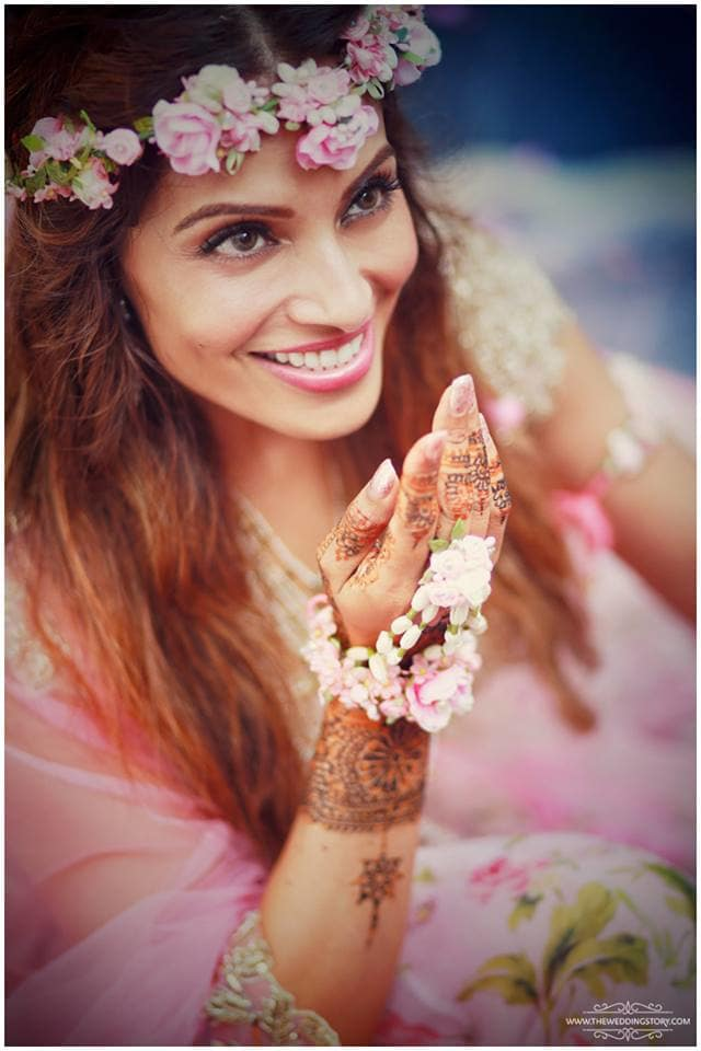 bridal photography:the wedding filmer, sabyasachi couture pvt ltd, anushree reddy
