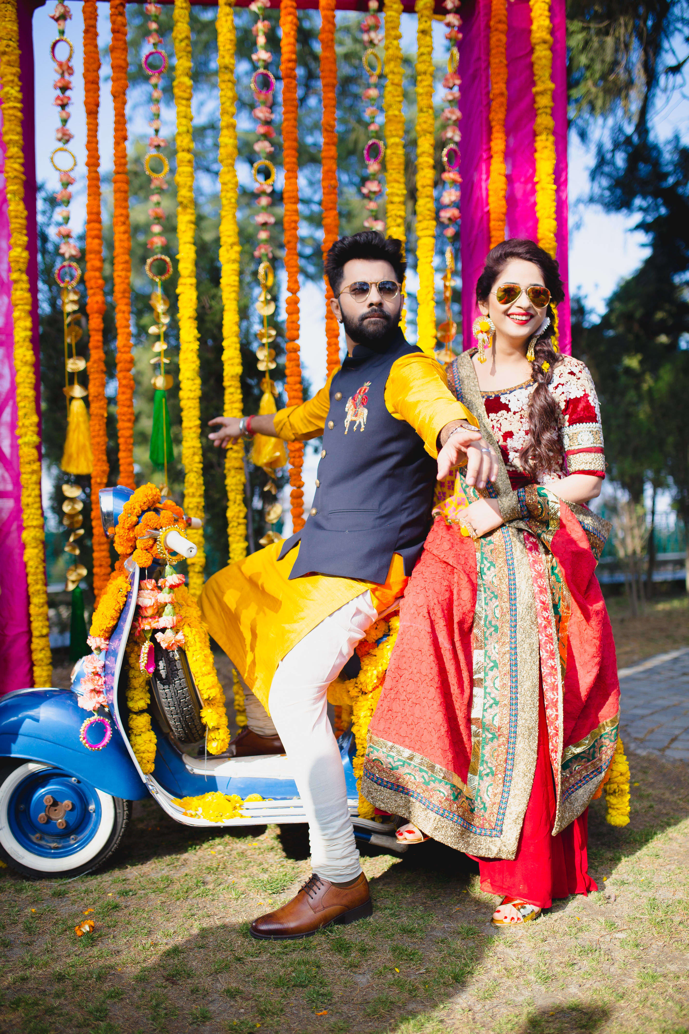 couple photograph:gujralsons, sabyasachi couture pvt ltd