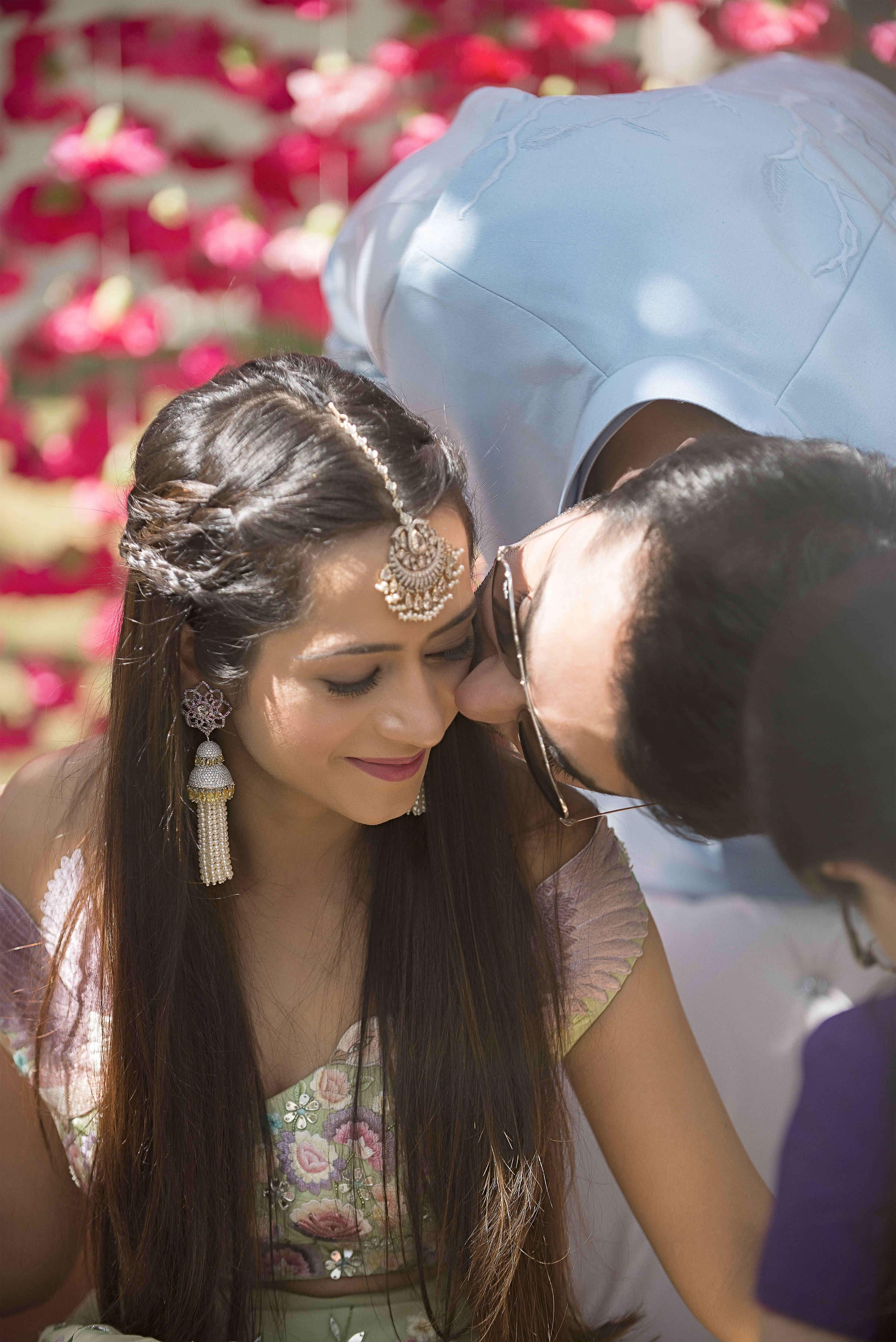 kresha & vanraj:tribhovandas bhimji zaveri ltd., namrata soni makup artist