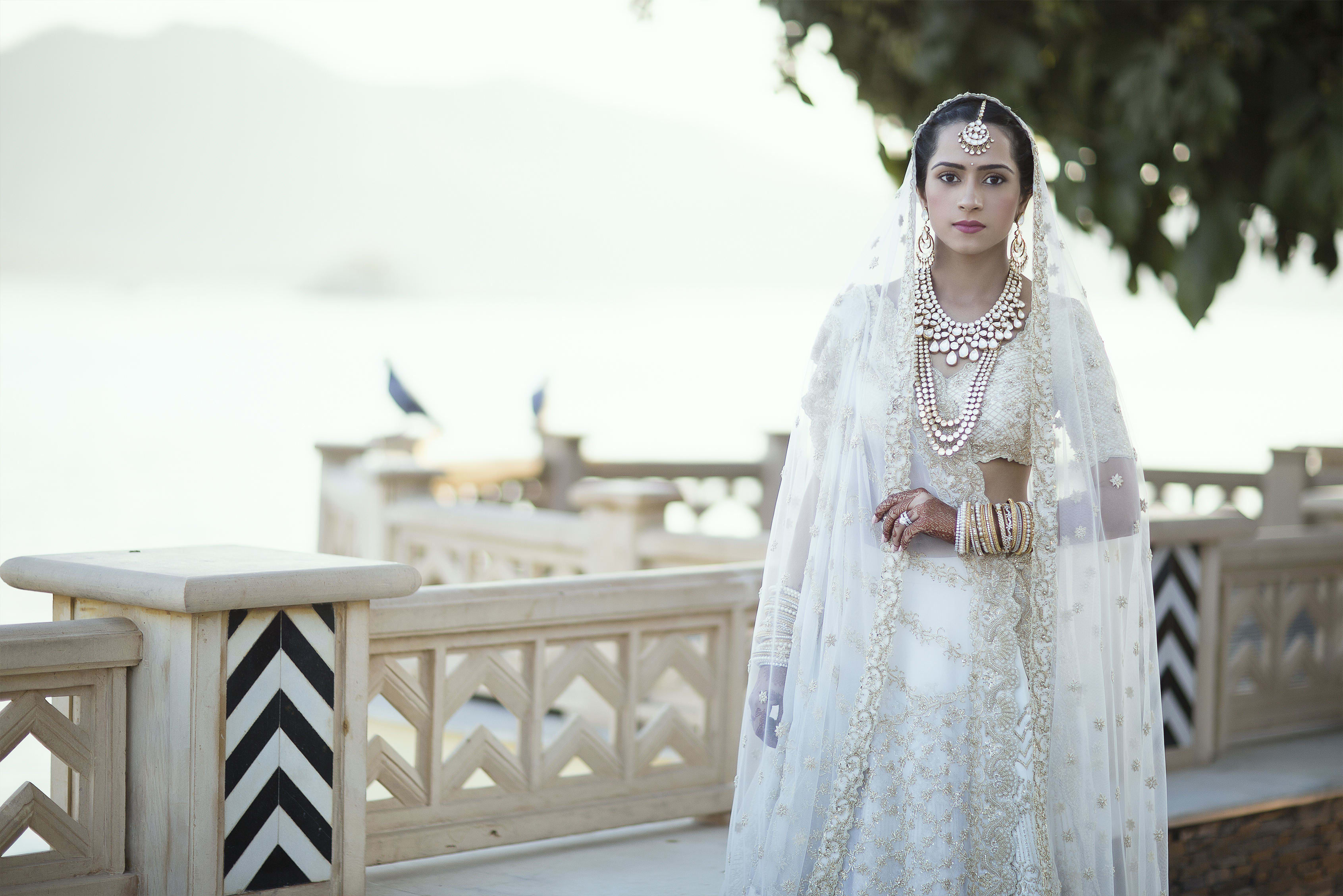 the royal bride!:tribhovandas bhimji zaveri ltd., namrata soni makup artist