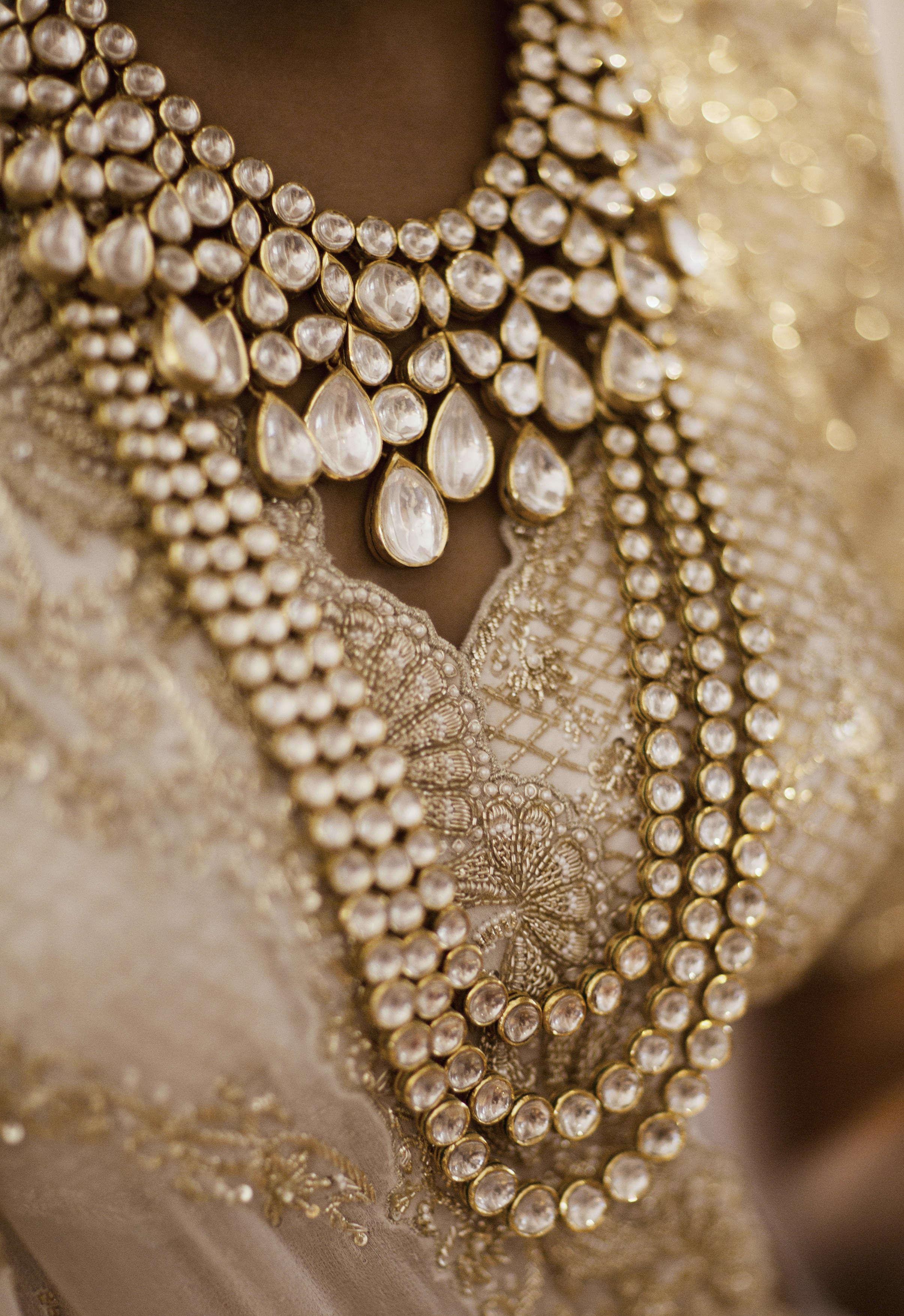 the royal wedding jewellery!:tribhovandas bhimji zaveri ltd., namrata soni makup artist