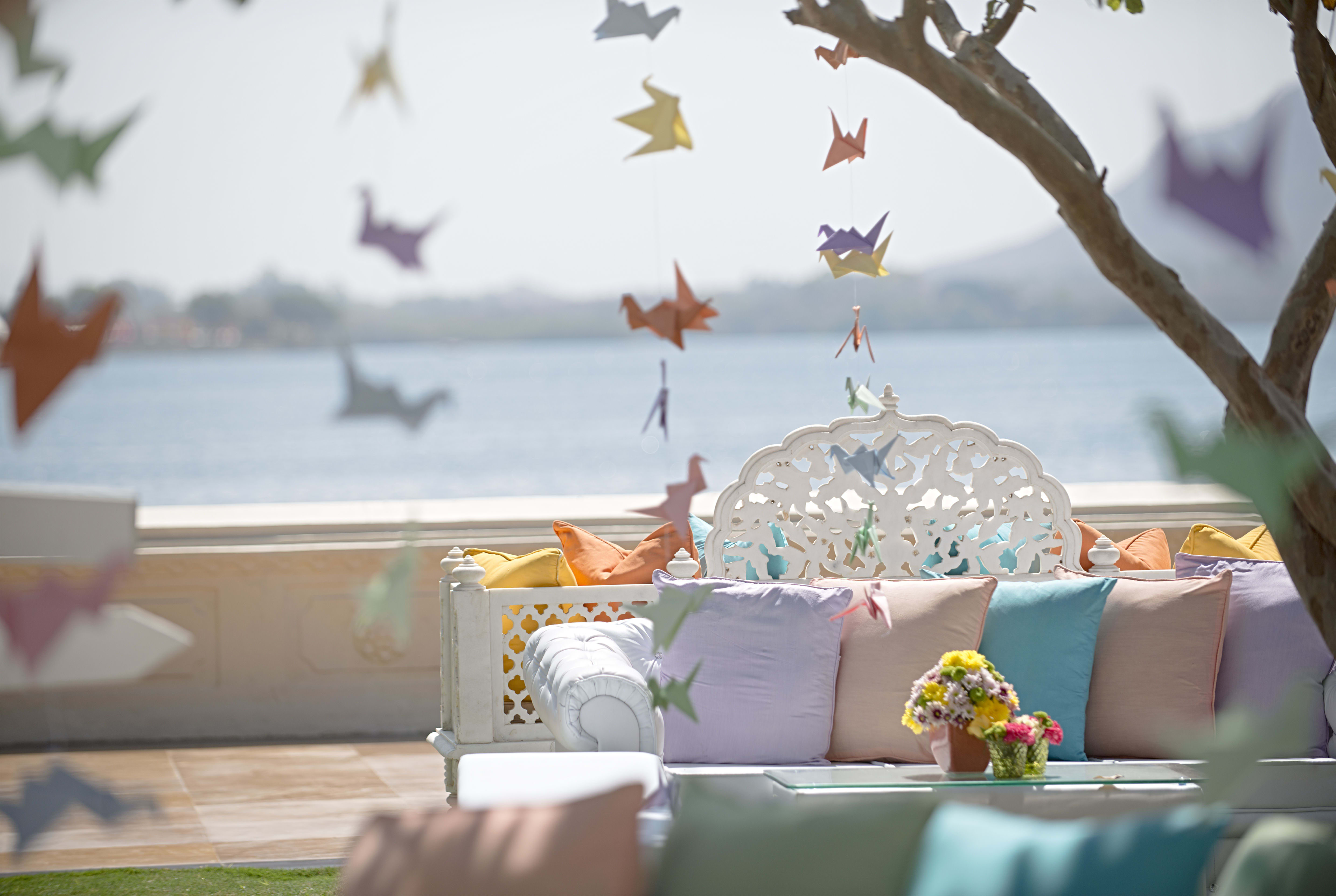 fairytale decoration!:tribhovandas bhimji zaveri ltd., namrata soni makup artist