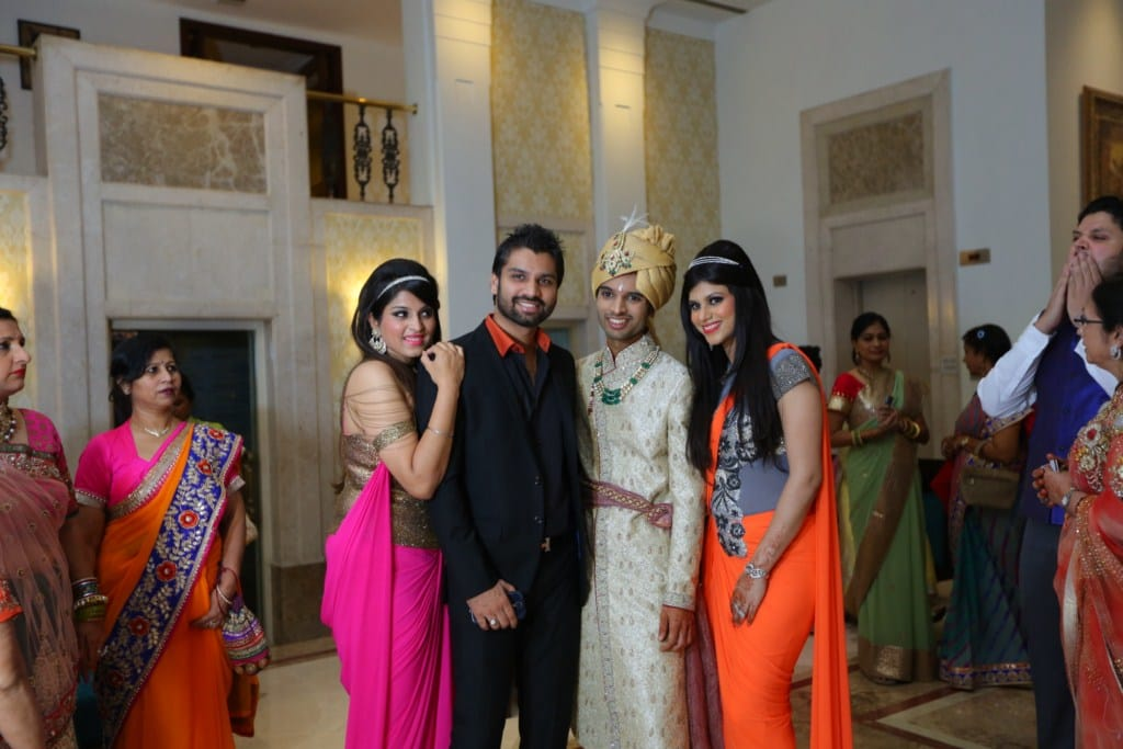 family clicks!:tivoli garden resort hotel, bhansali jewellers, the umrao, manish malhotra