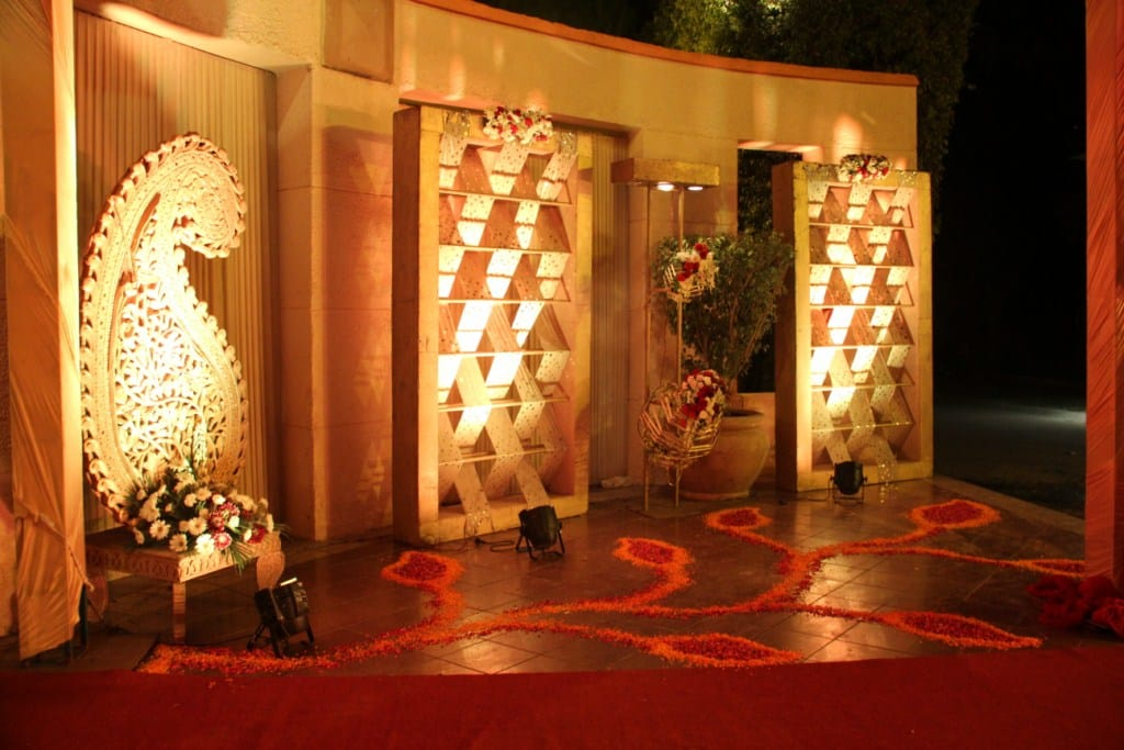 beautiful decoration!:tivoli garden resort hotel, bhansali jewellers, the umrao, manish malhotra