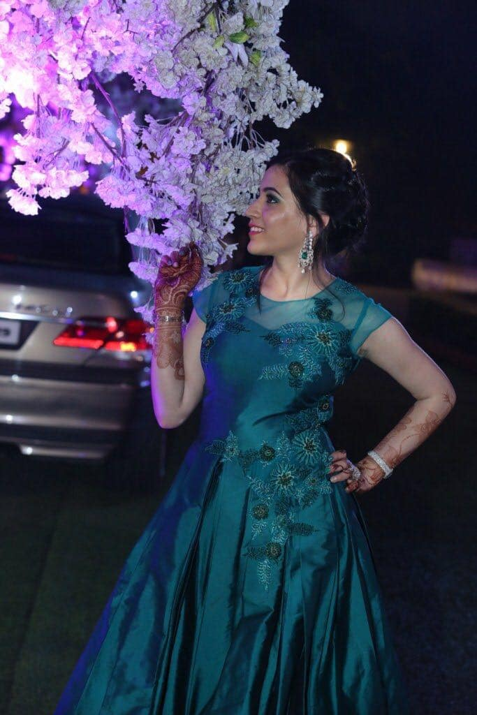 the bride anuradha!:tivoli garden resort hotel, bhansali jewellers, the umrao, manish malhotra
