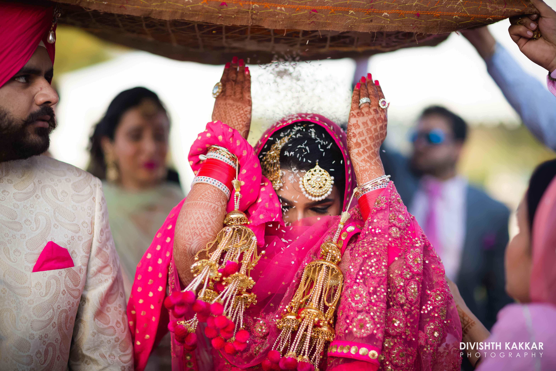 the bride inderpreet!:jw marriott, taj chandigarh, divishth kakkar photography, prerna khullar makeup artist, sabyasachi couture pvt ltd, manish malhotra