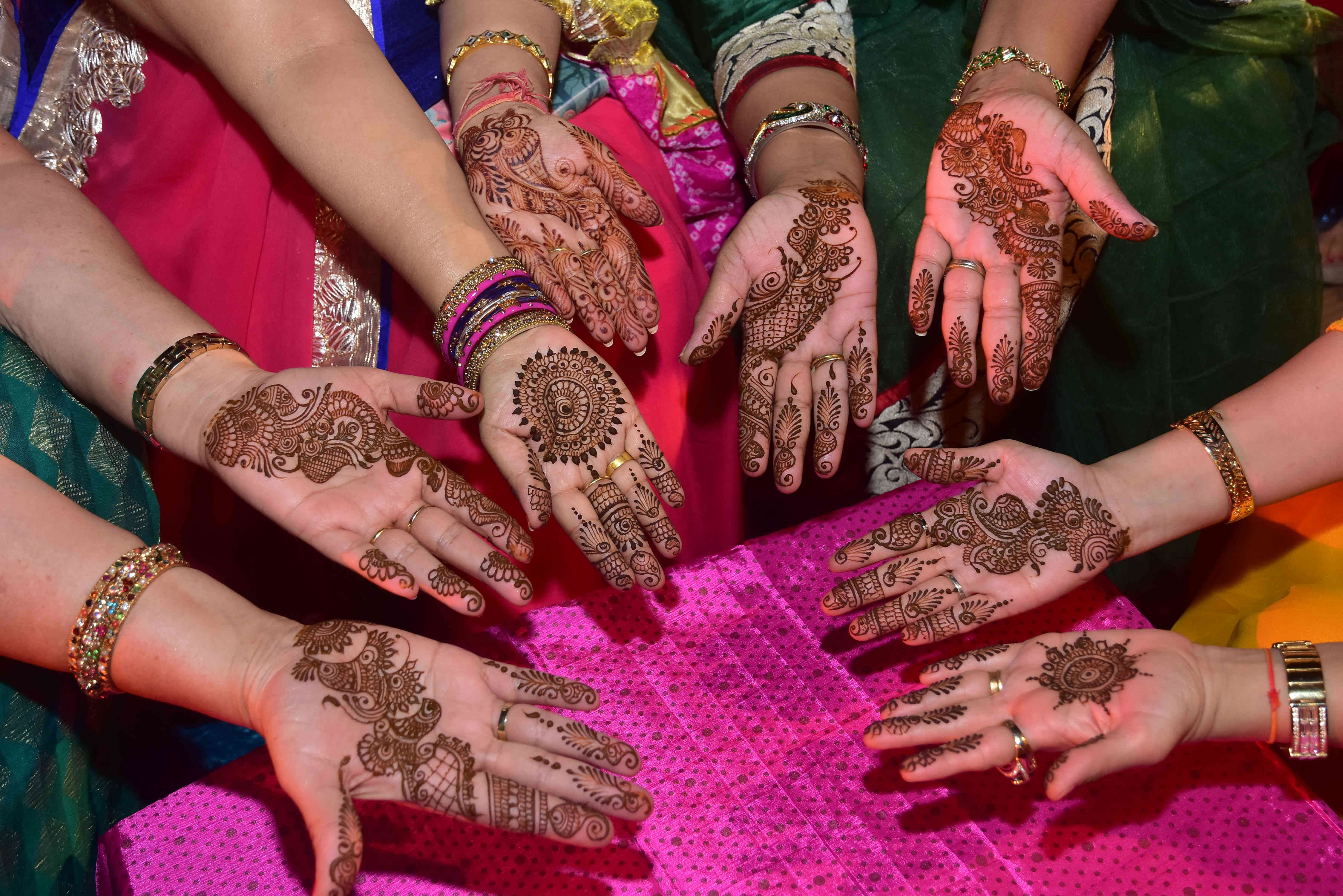 arabic mehandi design!:the lalit, royal caterers, just men just kidding, pakhi makeup artist, papa dont preach, shantanu and nikhil, anushree reddy