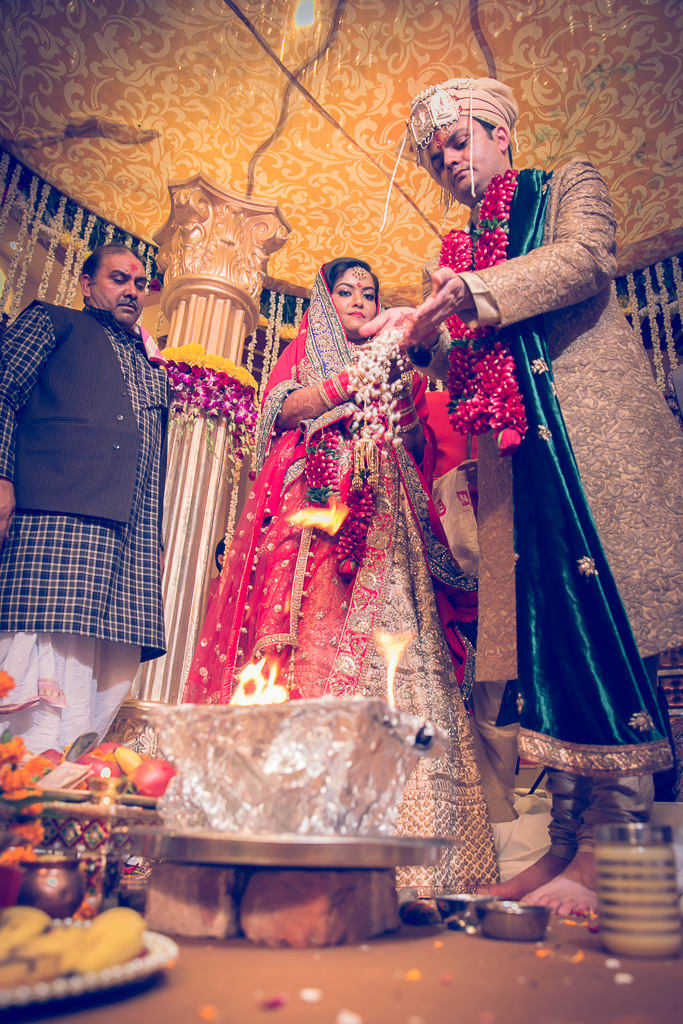 the wedding rituals!:kundan mehandi art, dipak colour lab pvt ltd, mahima bhatia photography, asiana couture, jasmeet kapany hair and makeup, sabyasachi couture pvt ltd