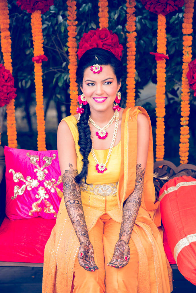 the bridal mehandi!:kundan mehandi art, dipak colour lab pvt ltd, mahima bhatia photography, asiana couture, jasmeet kapany hair and makeup, sabyasachi couture pvt ltd