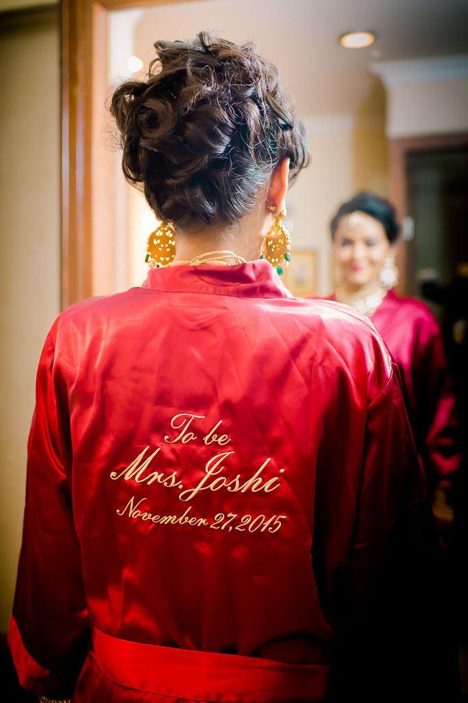 the bride!:kundan mehandi art, dipak colour lab pvt ltd, mahima bhatia photography, asiana couture, jasmeet kapany hair and makeup, sabyasachi couture pvt ltd