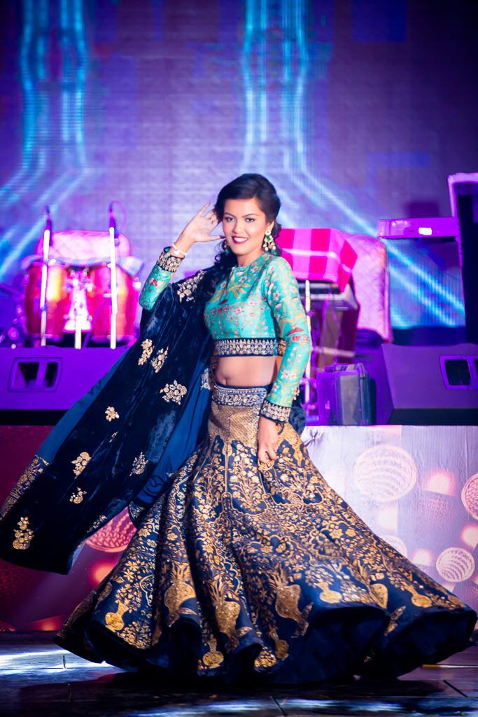 the bride ajeta!:kundan mehandi art, dipak colour lab pvt ltd, mahima bhatia photography, asiana couture, jasmeet kapany hair and makeup, sabyasachi couture pvt ltd