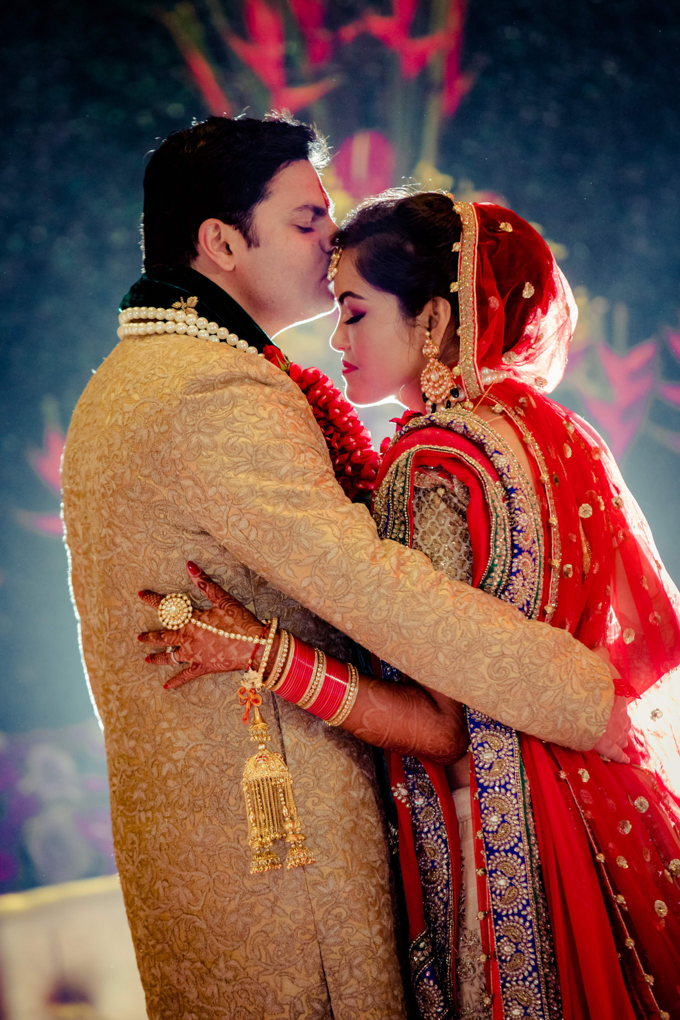 soulmates!:kundan mehandi art, dipak colour lab pvt ltd, mahima bhatia photography, asiana couture, jasmeet kapany hair and makeup, sabyasachi couture pvt ltd