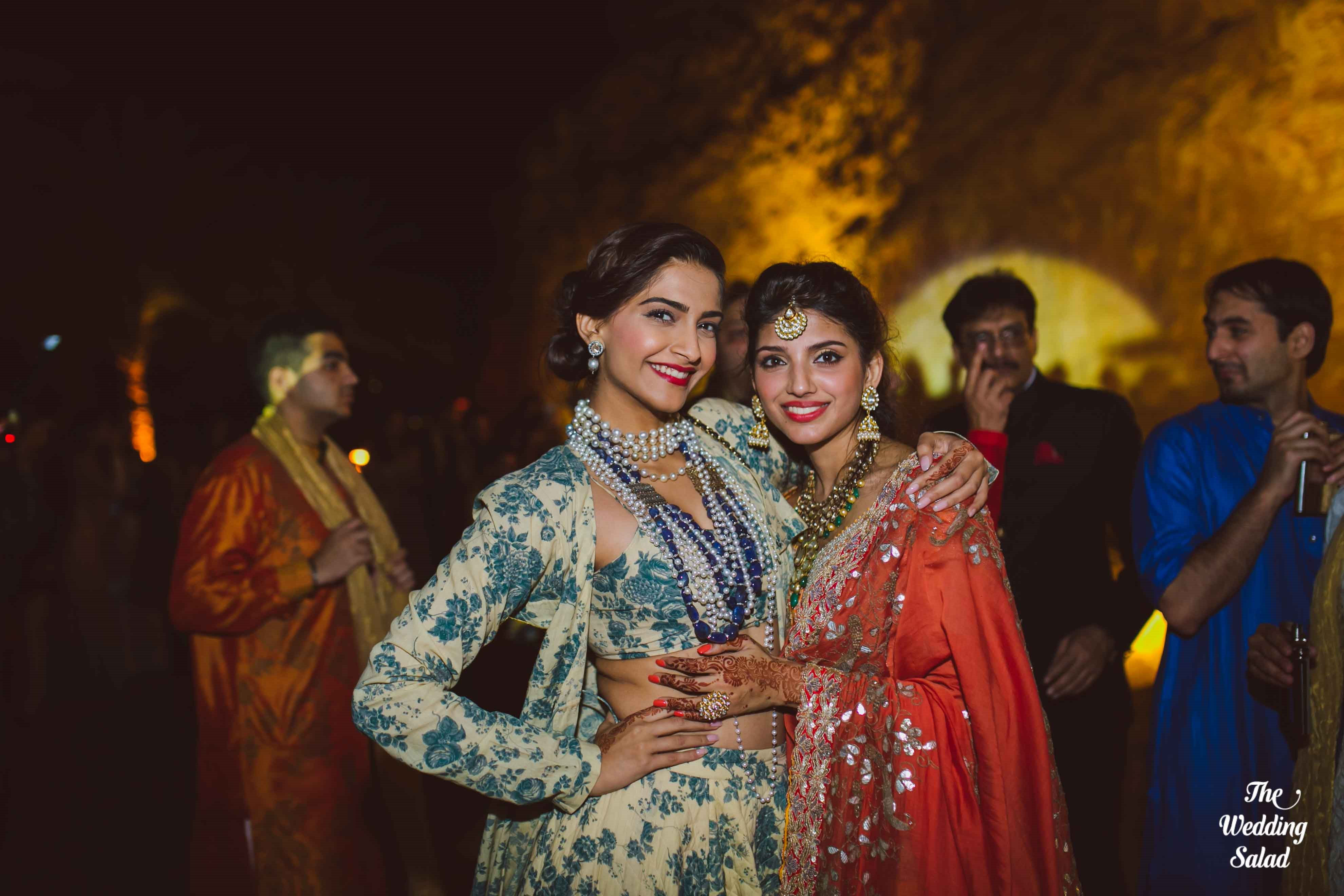 perfect candid clicks!:the wedding salad, manish malhotra, arpita mehta, sabyasachi couture pvt ltd