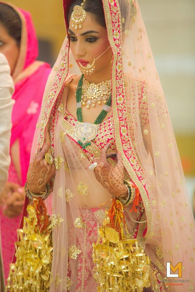 the gorgeous bride!:lakshya manwani photography, sabyasachi couture pvt ltd