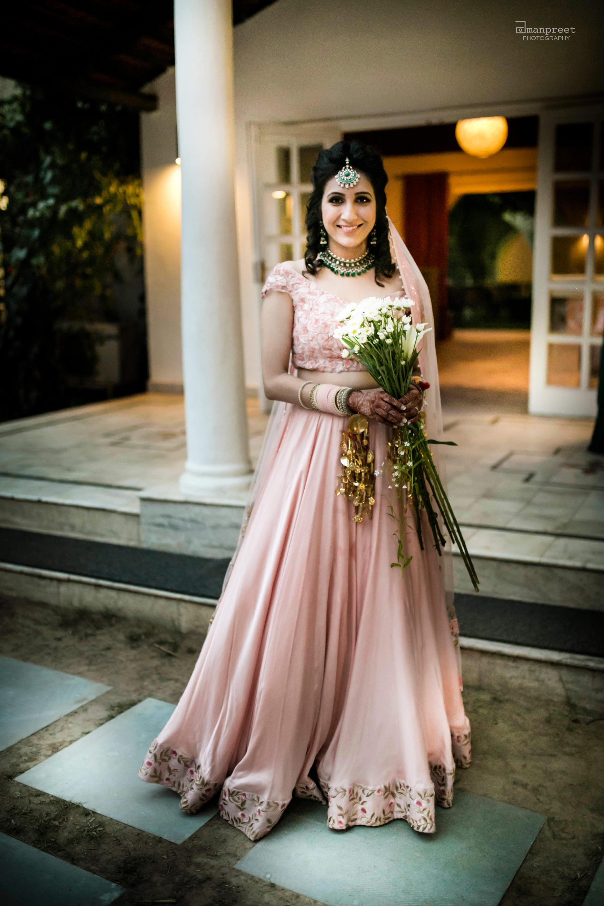 simply ethereal!:geetanjali salon, raju mehandi wala, amanpreet photography, ole couture