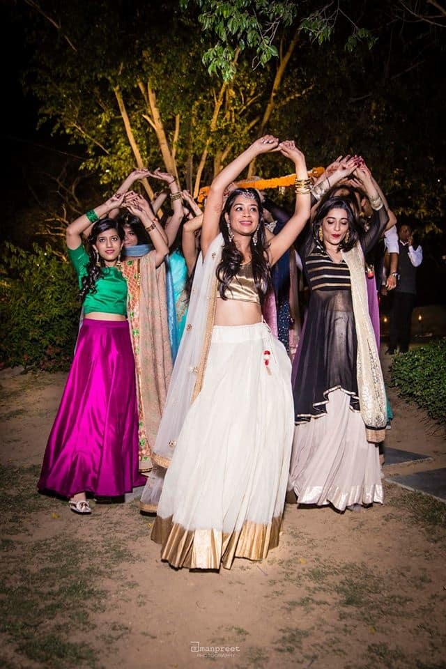 the baraat dance!:geetanjali salon, raju mehandi wala, amanpreet photography, ole couture