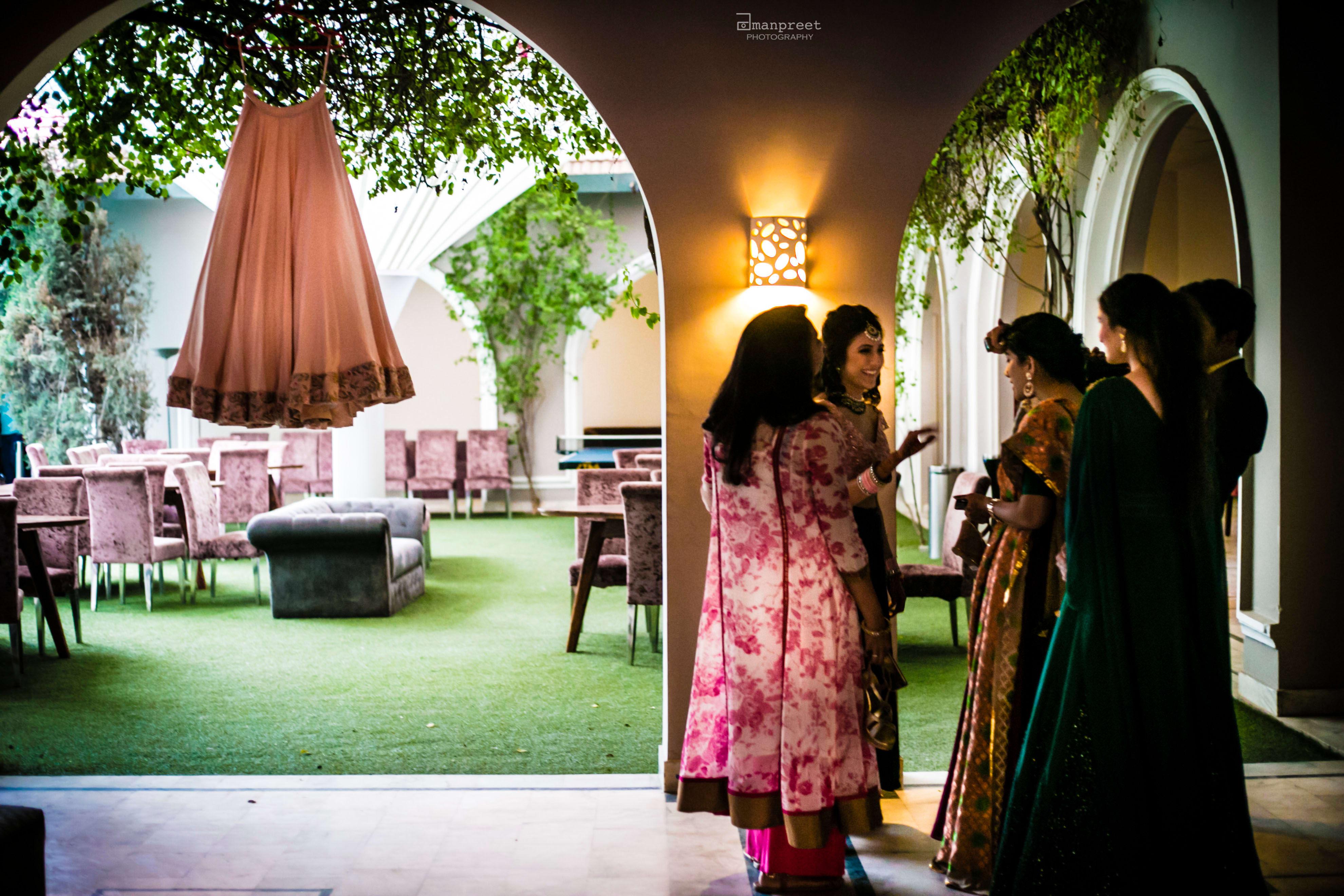 candid clicks!:geetanjali salon, raju mehandi wala, amanpreet photography, ole couture