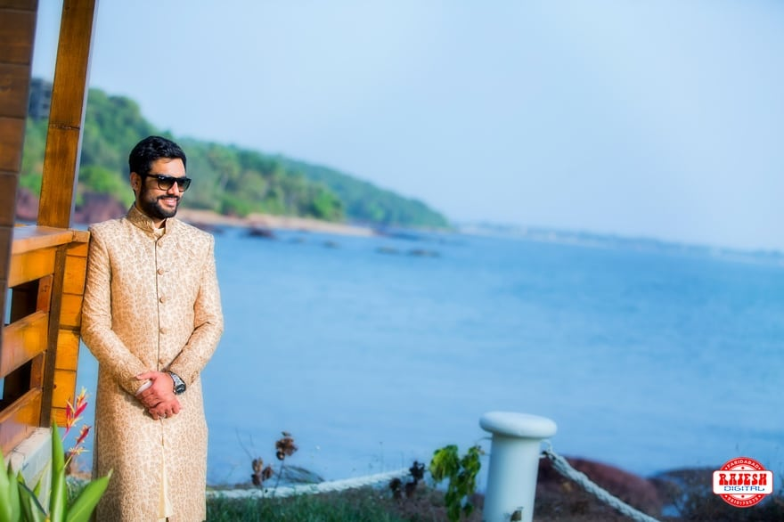 the handsome groom!:rajesh digital