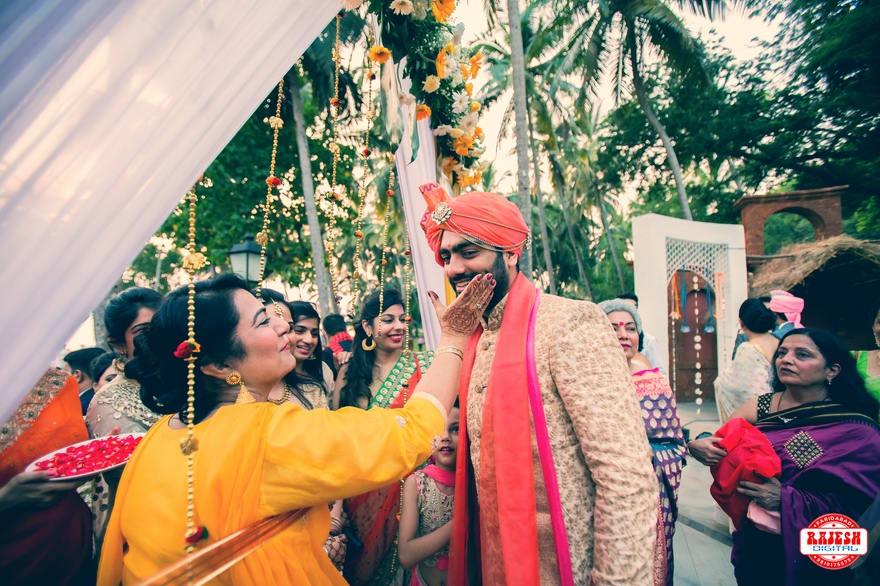 the groom akshay!:rajesh digital