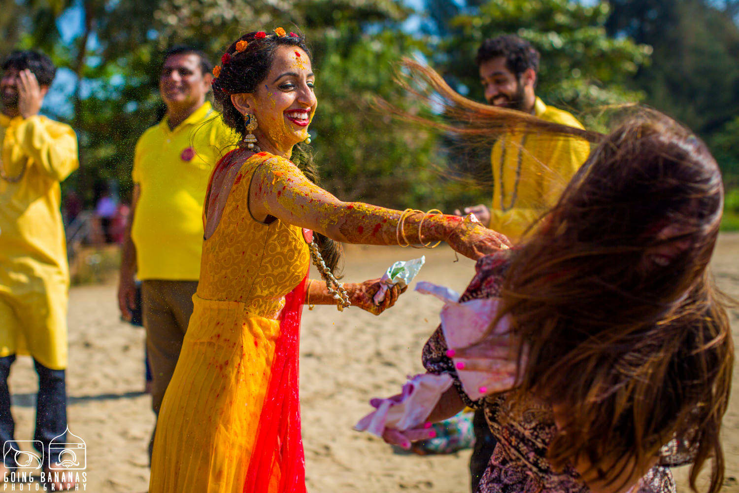 the haldi ceremony!:manyavar, going bananas photography, makeovers by sukanya, design tuk tuk
