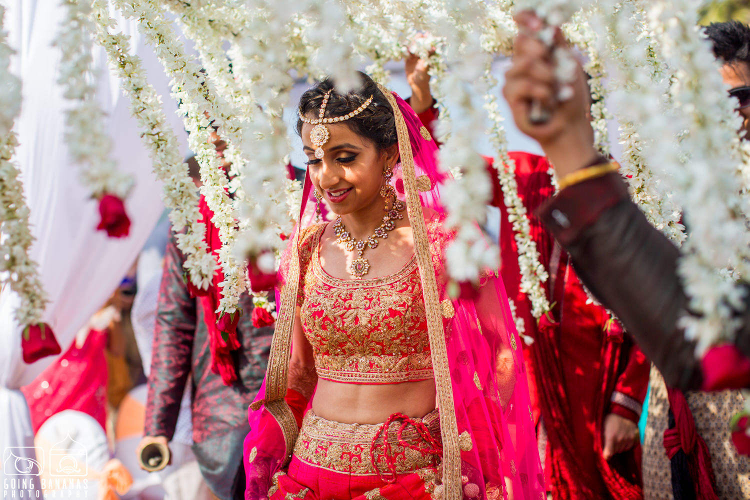 the bride shivani!:manyavar, going bananas photography, makeovers by sukanya, design tuk tuk