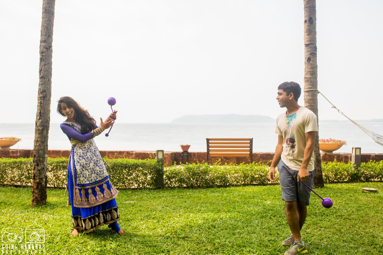 the perfect couple!:manyavar, going bananas photography, makeovers by sukanya, design tuk tuk