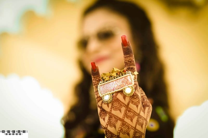 the bridal mehandi!:amrapali jewellery, happyframes photography