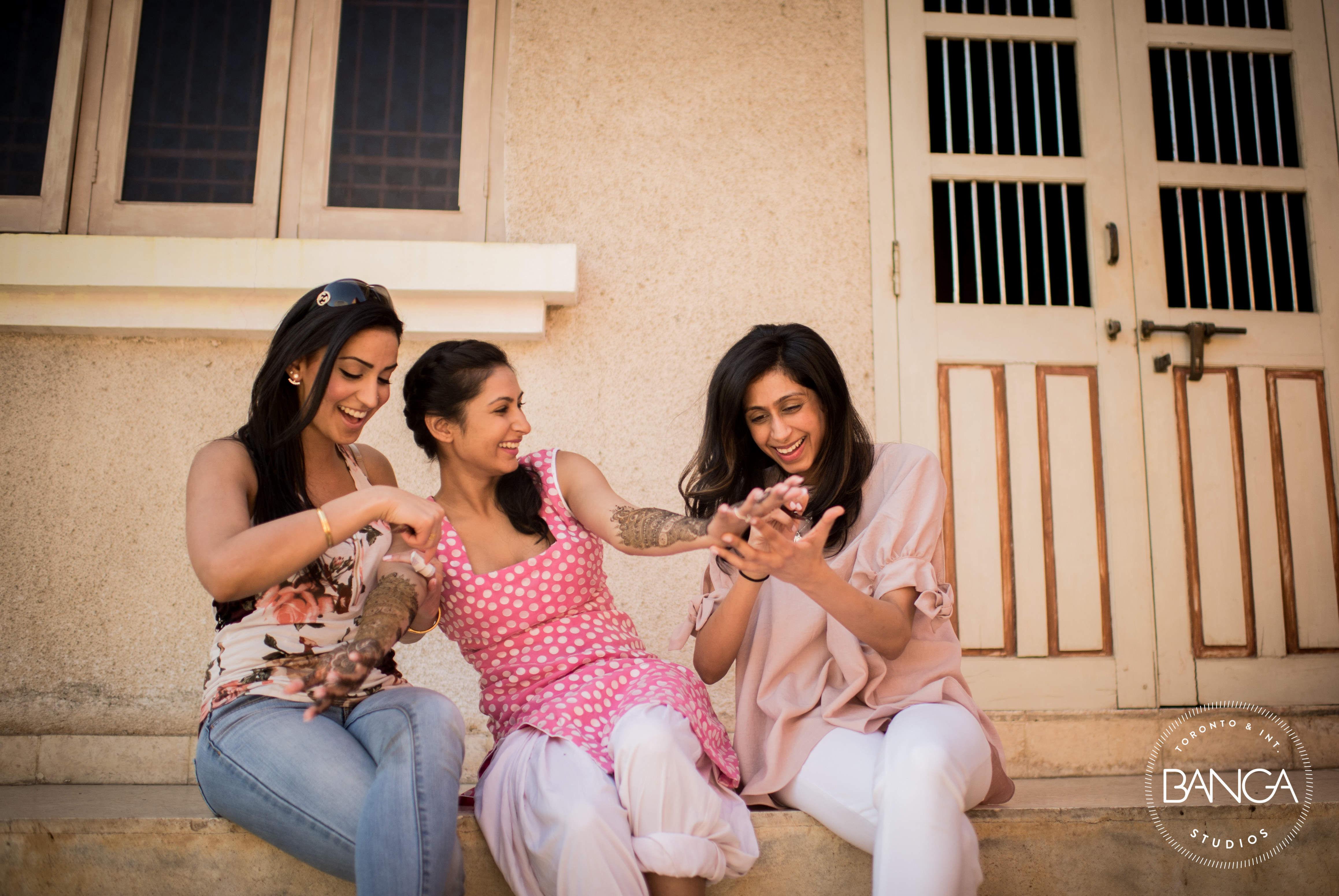 mehandi clicks!:anita dongre timeless, shyamal and bhumika, anushree reddy, banga studios