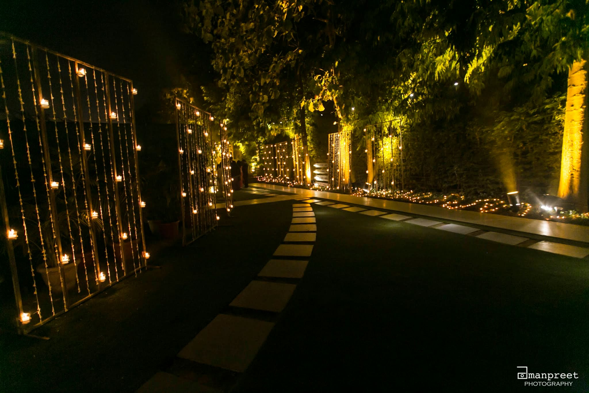 the grand wedding decoration!:the umrao, mandira wirk, amanpreet photography, zorba