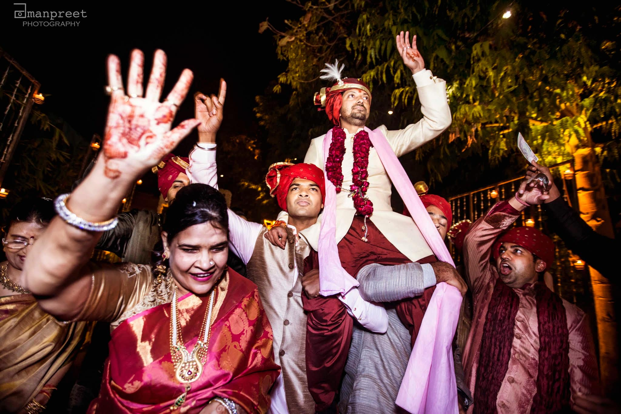 the baraat dance!:the umrao, mandira wirk, amanpreet photography, zorba