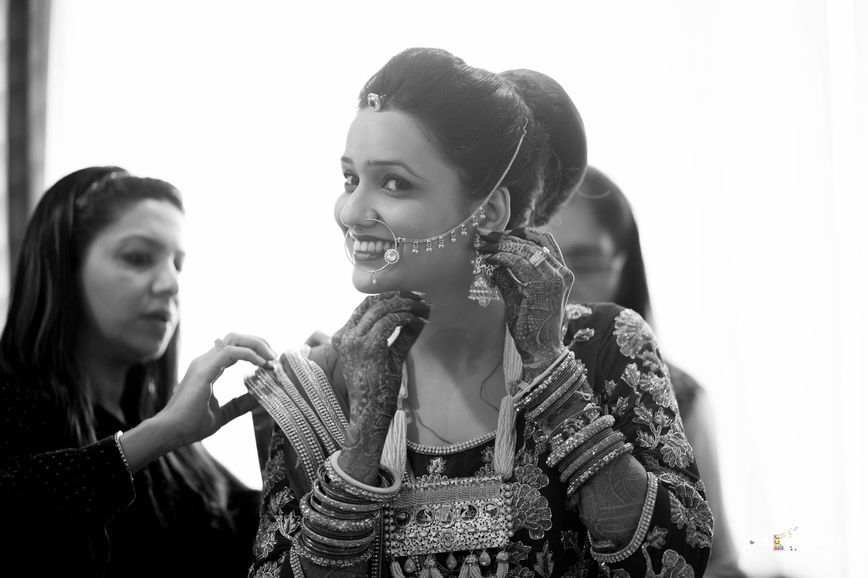 the gorgeous bride!:jodi clickers, f5 advertainment, manish malhotra