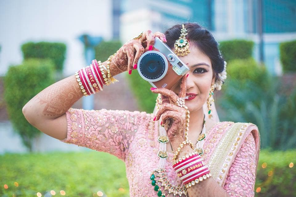 the bride's camera:girl in pink photography