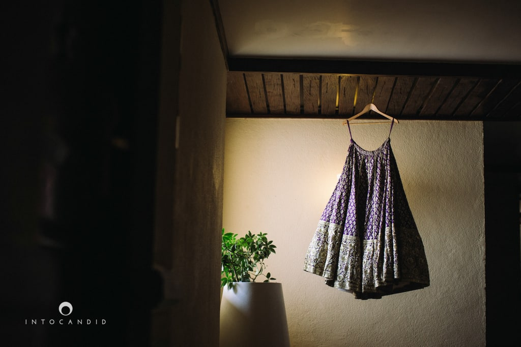 mesmerizing wedding outfit!:into candid photography, sabyasachi couture pvt ltd