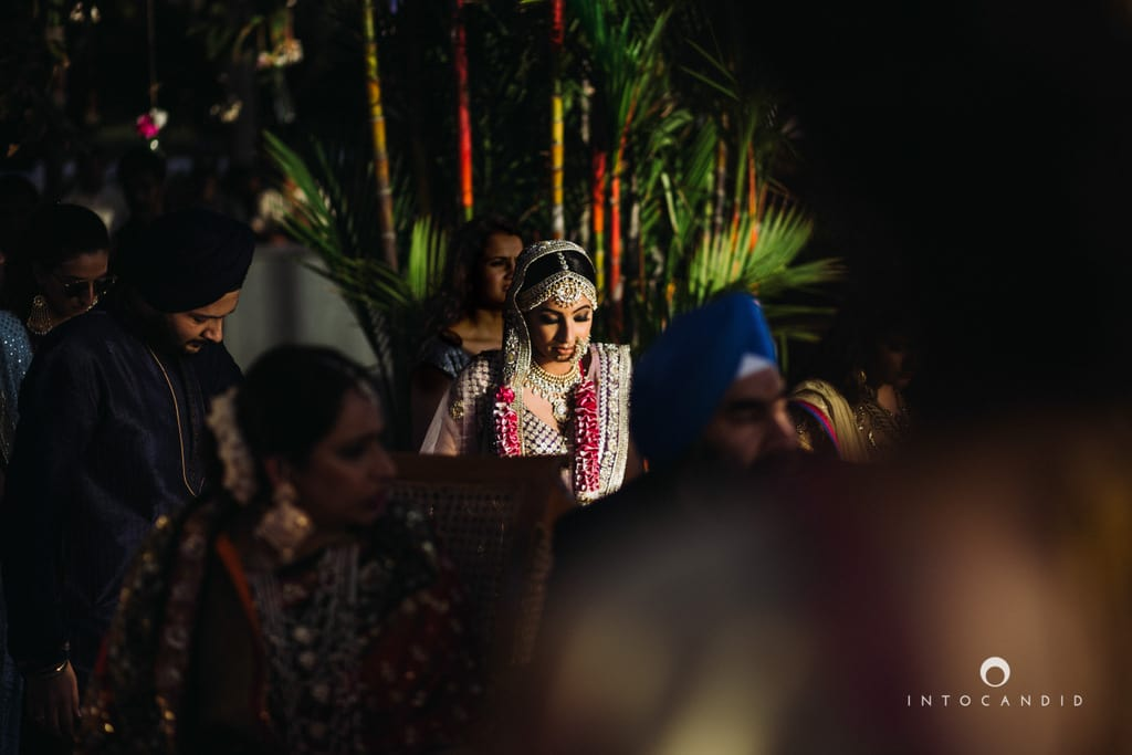 the pretty bride!:into candid photography, sabyasachi couture pvt ltd
