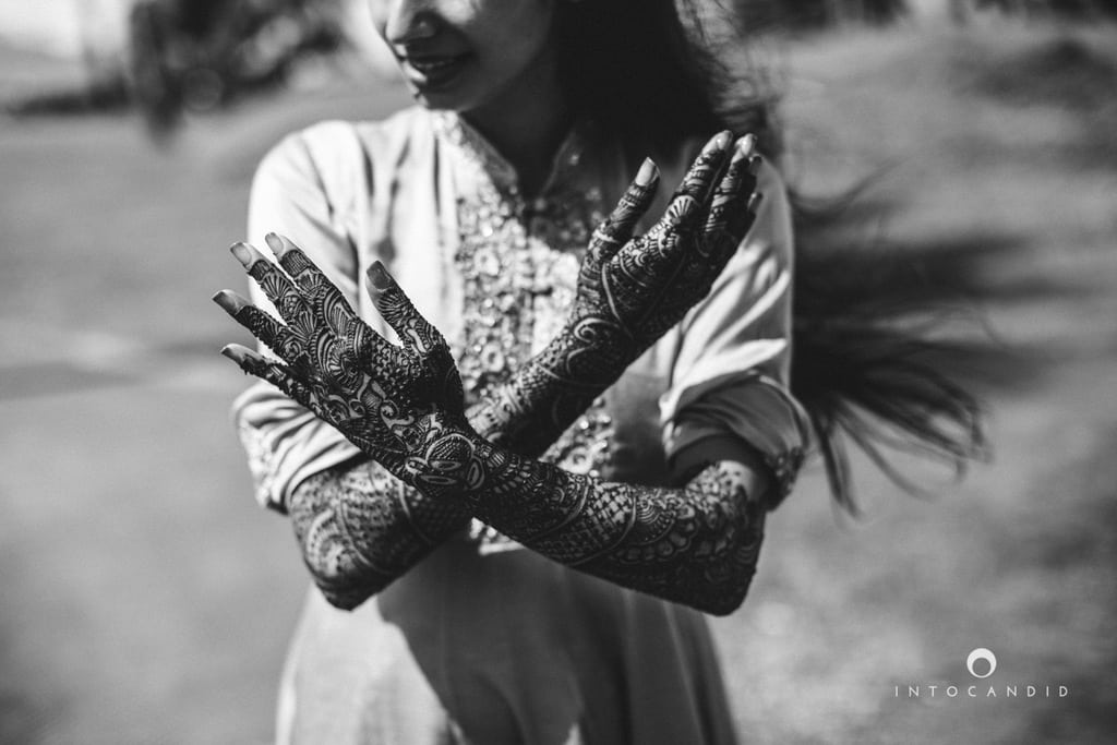 mesmerizing bridal mehandi!:into candid photography, sabyasachi couture pvt ltd