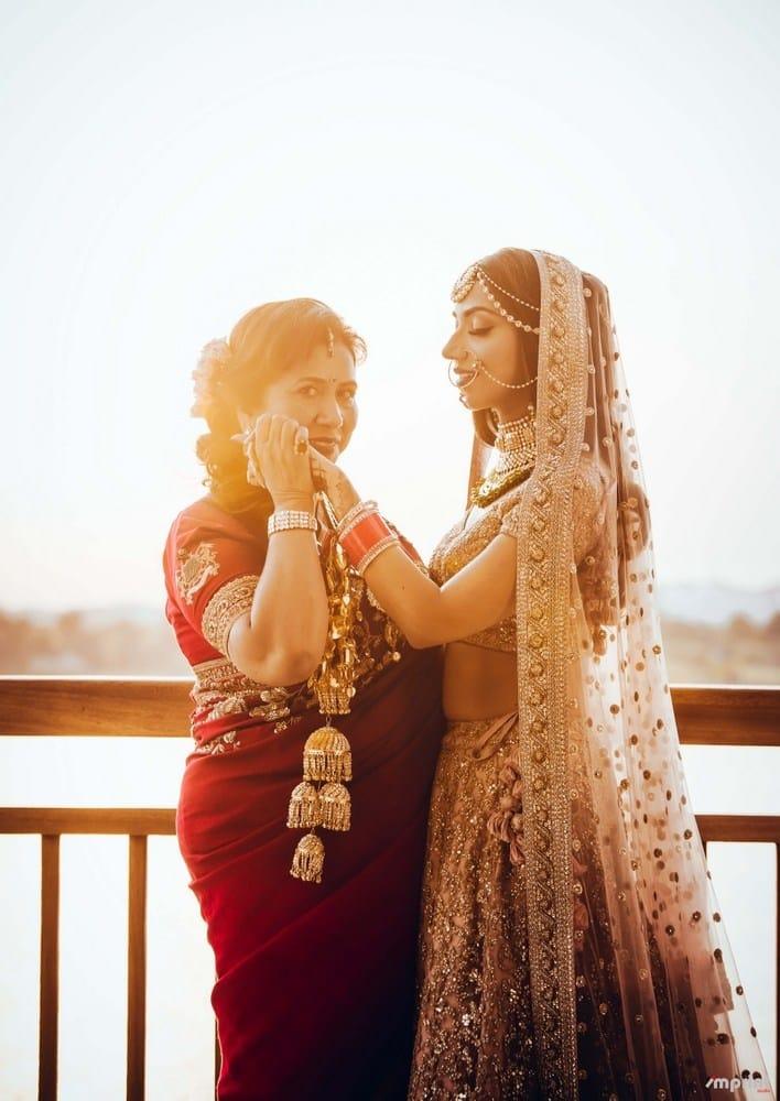 the bride eshanka!:the entertainment design company, manish malhotra, arpita mehta, sabyasachi couture pvt ltd, umrao jewels