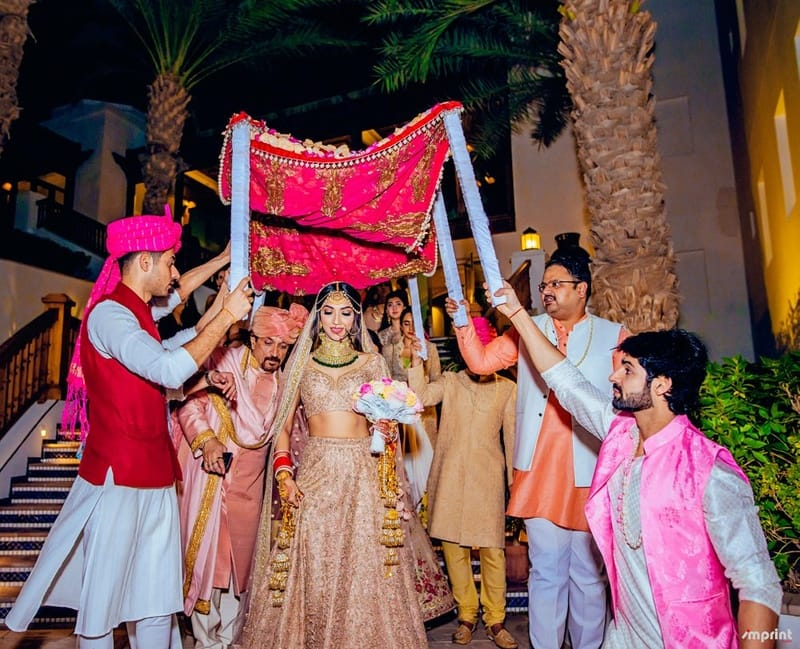 the perfect click!:the entertainment design company, manish malhotra, arpita mehta, sabyasachi couture pvt ltd, umrao jewels