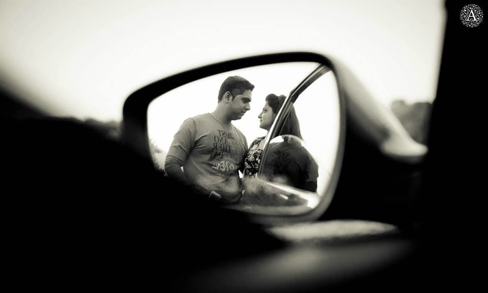 mirror image of couple:amour affairs